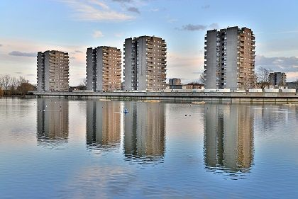 Four_Towers_South_Thamesmead_PSP_2557